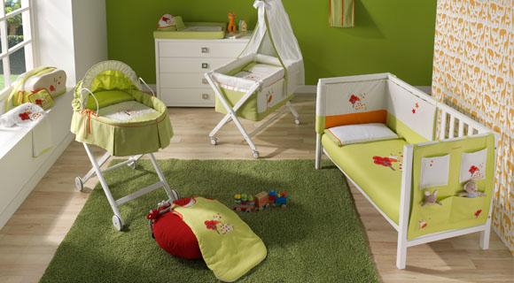 une chambre de bebe complete