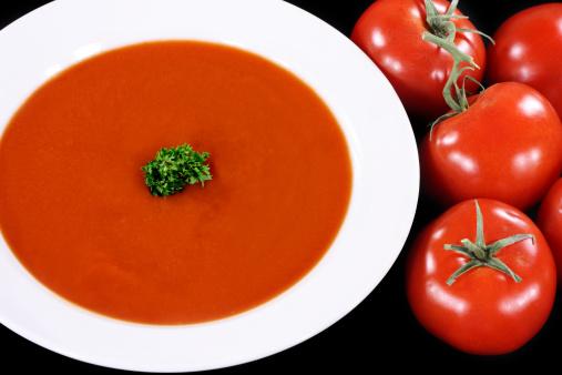 soupe rouge a la tomate et pomme de terre